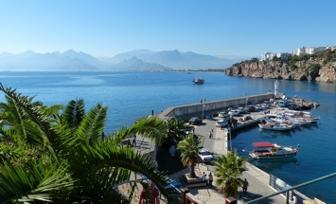 Antalya Flughafen Transfer zu Hotels in Side, Belek, Kemer und Alanya